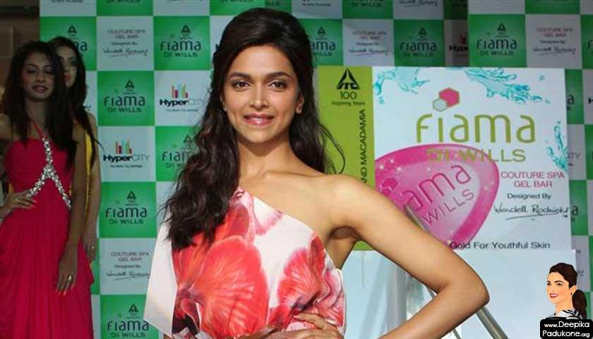 Deepika padukone Launch Fiama Di Wills New Signature Collection