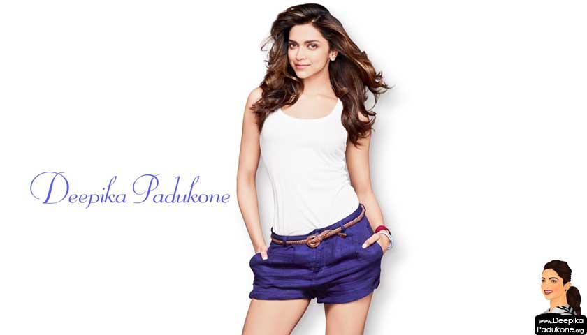 Gorgeous Deepika Padukone in shorts